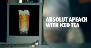 ABSOLUT-APEACH-WITH-ICED-TEA-DRINK-RECIPE-HOW-TO-MIX