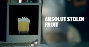 ABSOLUT-STOLEN-FRUIT-DRINK-RECIPE-HOW-TO-MIX