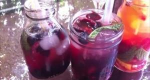 DIY-Refreshing-Fruit-Summer-Drinks