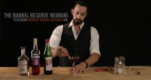 How-to-Make-the-Barrel-Reserve-Negroni-Featuring-Beehive-Barrel-Reserve-Gin
