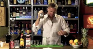 How-to-make-a-Colorado-Bulldog-cocktail-Drink-recipes-from-The-One-Minute-Bartender