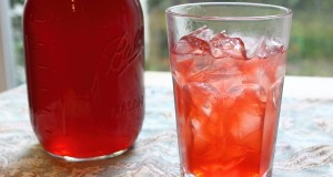 Strawberry-Syrup-How-to-Make-Fresh-Strawberry-Syrup-and-Strawberry-Soda