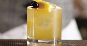 How to Make a Whiskey Sour – Liquor.com